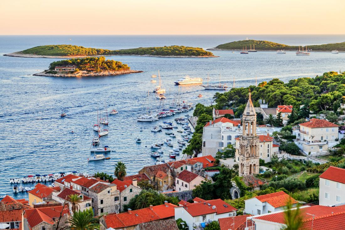 hvar_ThinkstockPhotos-671339714.jpg